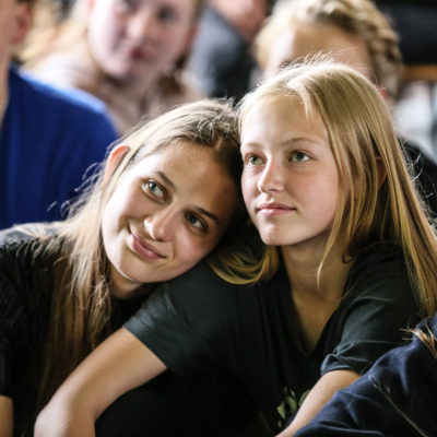 God veninder på efterskole