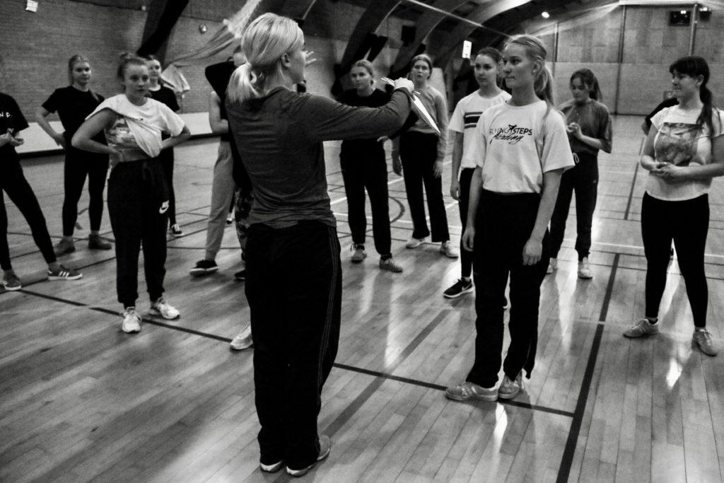 Underviser på dans